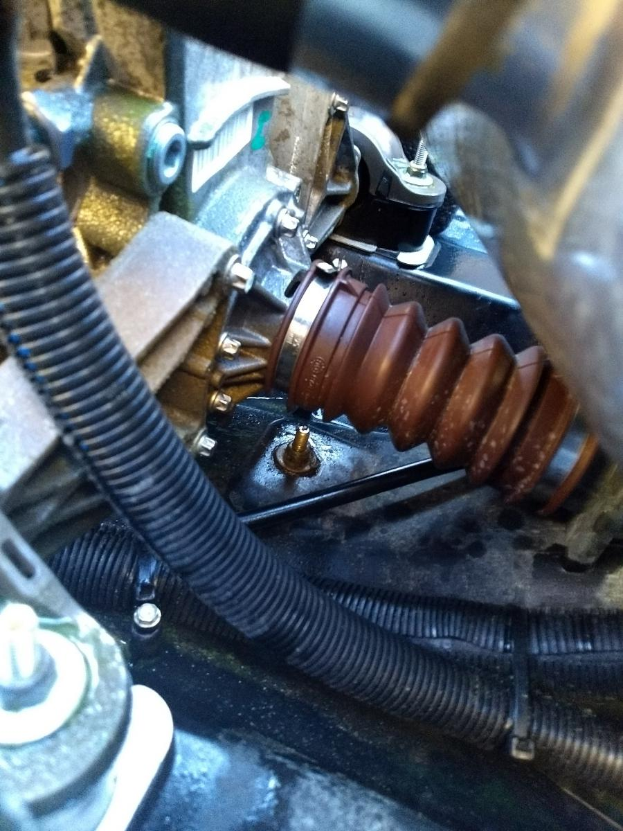 Spark Leaking water from bellows - Sea-Doo Spark Forum